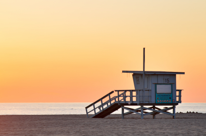 Lifeguard shack in Los Angeles