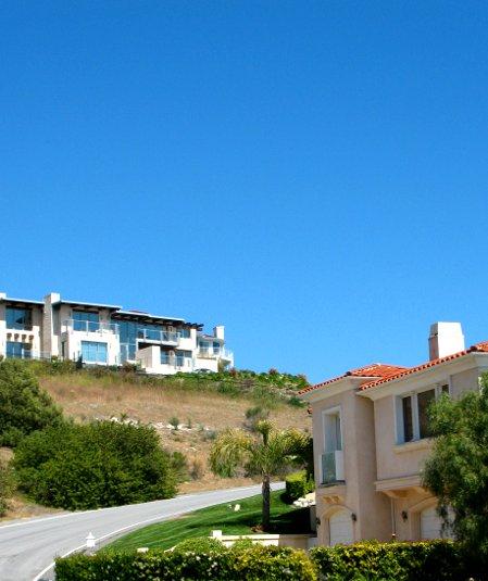 Luxury Homes in Mira Catalina RPV