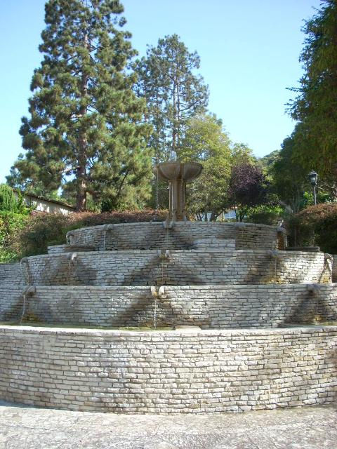 Malaga Cove Library Fountain