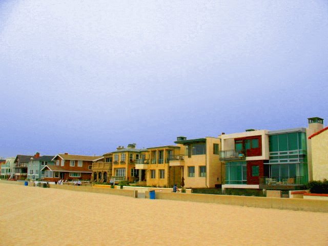 Homes on the Strand in Manhattan Beach