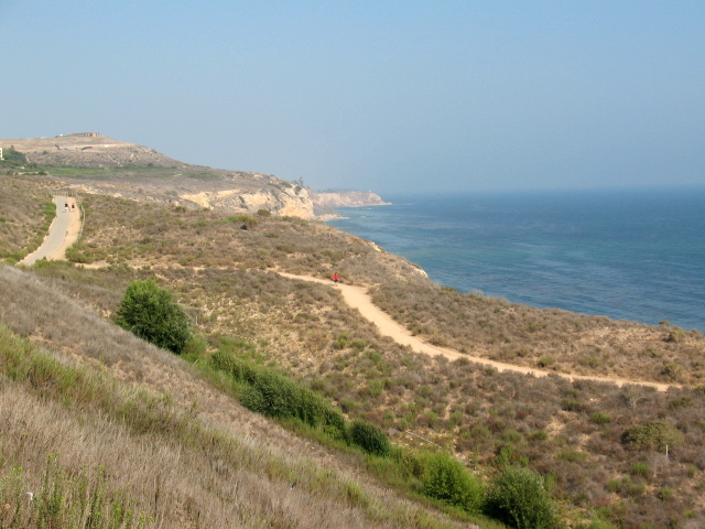 Hiking trails in Palos Verdes CA
