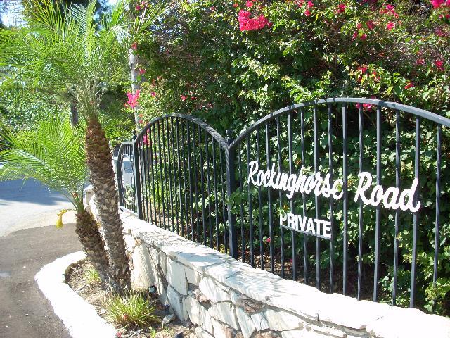 Rockinghorse road private sign