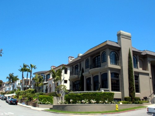 Luxury Homes in Manhattan Beach - Hill Section