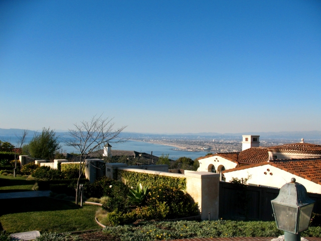 View of the South Bay from homes in Monte Malaga in Palos Verdes Estates