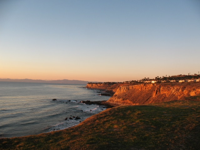 Looking down the coast of Palos Verdes near Terranea
