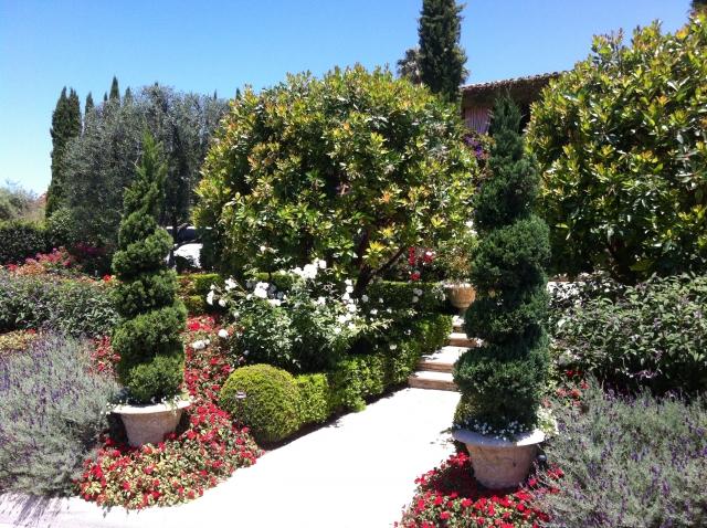 Luxury landscaping in Palos Verdes