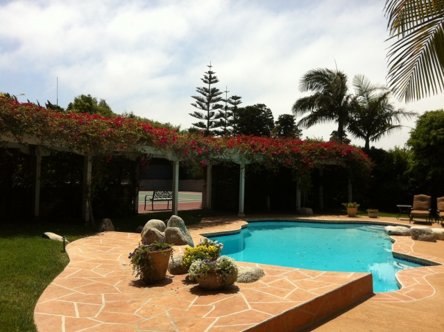 A luxury backyard in Lunada Bay, Palos Verdes Estates.