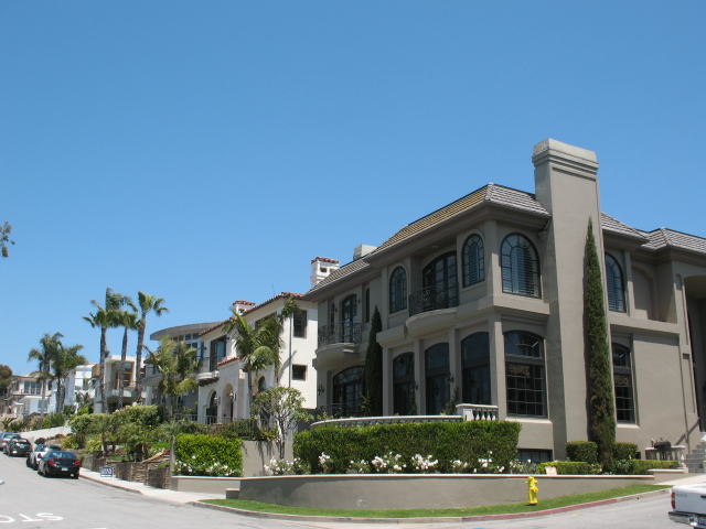 Hill section homes in Manhattan Beach CA