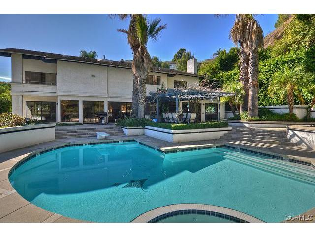PV Drive East Home Sold by Toering and Team