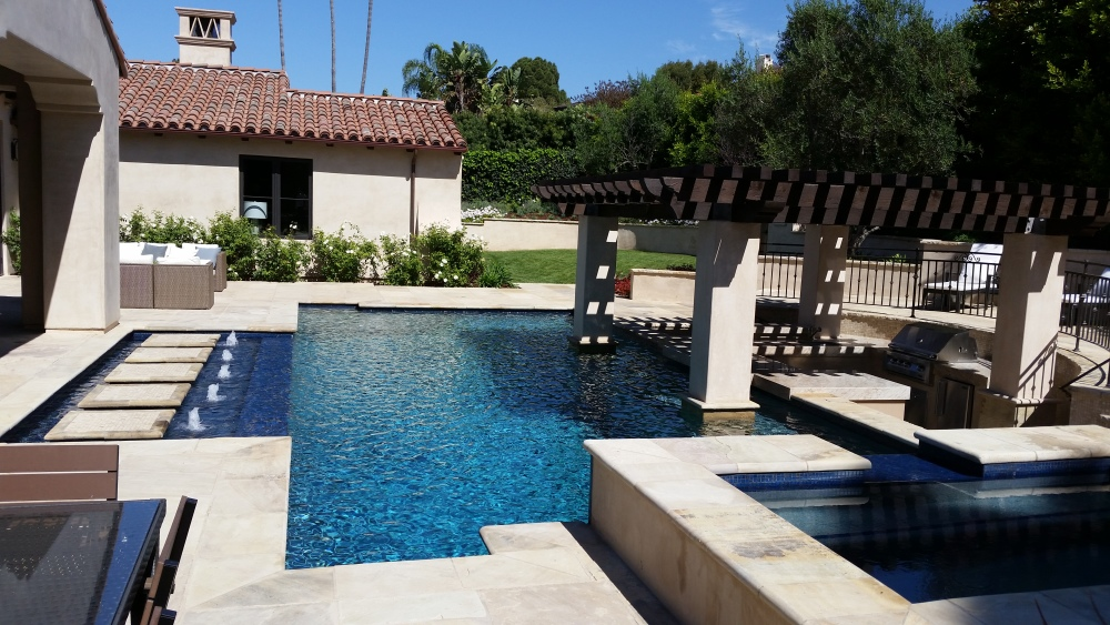 Luxury backyard in Lunada Bay PV