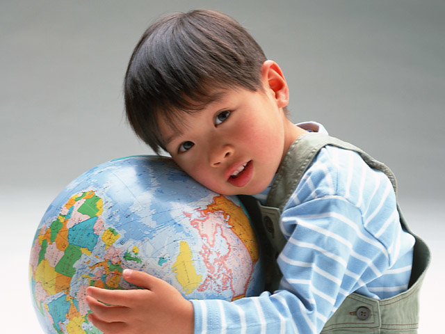 blog photo boy with globe