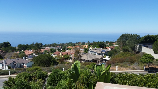 Country Club neighborhood in Palos Verdes