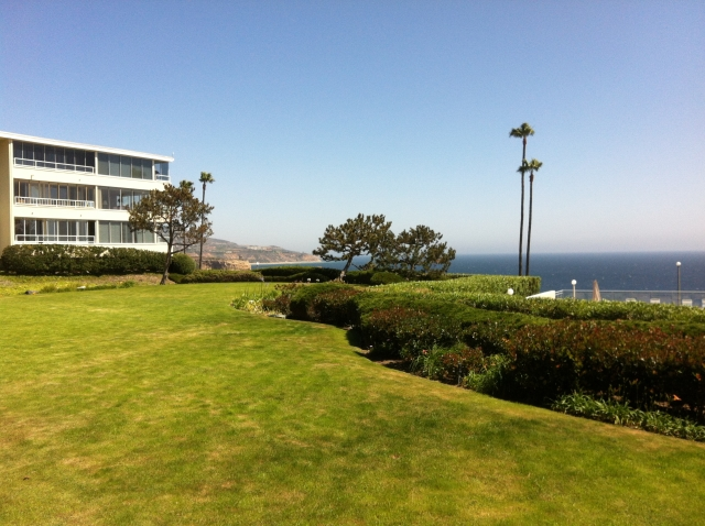 Ocean frontage condos in Palos Verdes CA