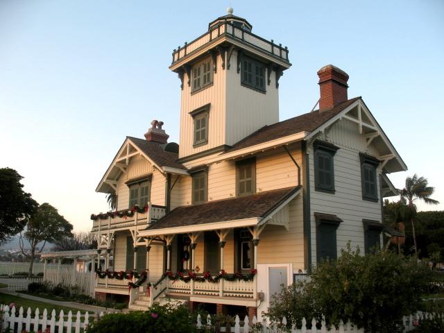 Pt Fermin Lighthouse - Xmas Decor