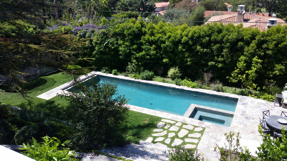 Lunada Bay luxury backyard