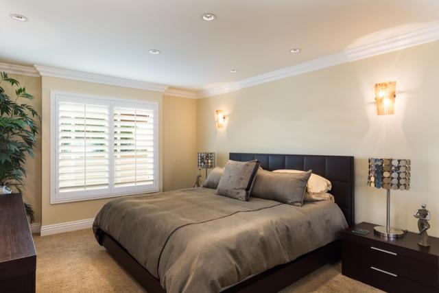3200 La Rotonda Dr unit 211 Rancho Palos Verdes CA 90275 - Master suite bedroom